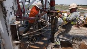 Nafta jeftinija zbog usporenog privrednog rasta u Kini