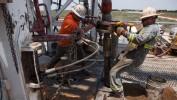 Nafta jeftinija uoči poteza Feda